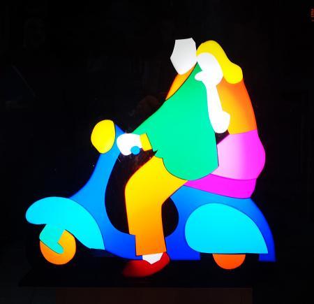 Quadro di Marco Lodola  Vespa - luminosa plexigas