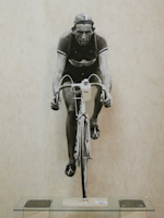 Work of Andrea Tirinnanzi - Fausto Coppi al  Tour de France bifacial digital sculpting paper on table