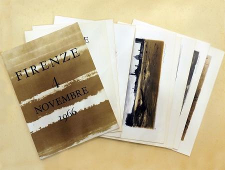 Art work by Luciano Guarnieri Firenze 4 Novembre 1966. Cartella con 12 litografie sull'alluvione di Firenze - lithography paper